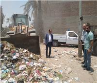 الجيزة تشن حملات لرفع مستوى النظافة بقرية العزيزية بالبدرشين