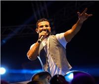 أحمد سعد يتألق فى حفل كامل العدد بالإسكندرية