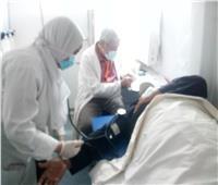الكشف على 1371 مريضا في القافلة الطبية بقرية «الدرافيل» بالدقهلية