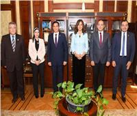 نبيلة مكرم: الرئيس وجه بتنفيذ مبادرة «مراكب النجاة» لمواجهة الهجرة غير الشرعية
