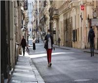 إيطاليا تلغي إلزامية ارتداء الكمامات في الأماكن الخارجية