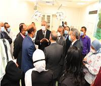 محافظ قنا ورئيس جامعة جنوب الوادي يفتتحان وحدة الحروق بـ«مستشفى المرزوق»