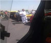 إصابة 5 أشخاص في تصادم 3 سيارات بالإسكندرية