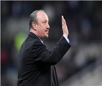 «إيفرتون» يتعاقد مع المدرب السابق لليفربول