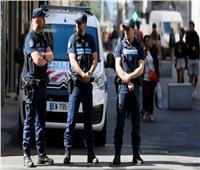 مقتل شخص هدد أطفالًا بالسكين في فرنسا