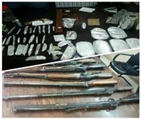 ضبط 60 شخصا بحوزتهم مخدرات وأسلحة في الجيزة