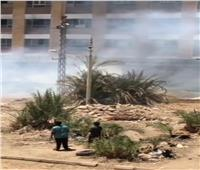 السيطرة على حريق  بجوار عمارات المقاولين العرب فى أسوان