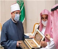 وزير الأوقاف: واجبنا بيان مقاصد القرآن الكريم وكبح جماح المتطرفين