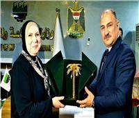 الخباز: العراق تغطي احتياجاتها من الصناعات الدوائية والكيماوية والجلود من مصر