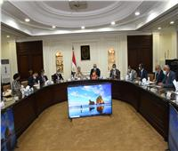 وزيرا البيئة والإسكان يناقشان أعمال اللجنة المشتركة لمتابعة تشغيل محطات الصرف