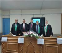 نائب رئيس جامعة الأزهر يناقش رسالة دكتوراة في مجال زراعة الأسنان