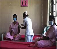 الهند تُسجل أكثر من 43 ألف إصابة بكورونا و930 وفاة