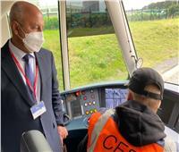 وزير النقل يتفقد مصنع قطارات «الستوم» الفرنسية  صور