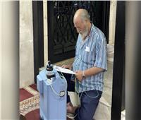 بسبب أزمة الكهرباء.. لبناني يلجأ لمسجد من أجل تشغيل جهاز أكسجين   صورة