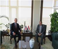 السفير الأمريكي: نتطلع لزيادة الاستثمارات الأمريكية بمصر لـ2 مليار دولار