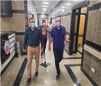 وكيل صحة دمياط يتفقد العيادات الخارجية بالمستشفى العام