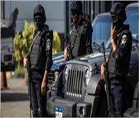 «معركة قنا».. مصرع عنصر إجرامي وضبط والده في تبادل إطلاق النارمع الشرطة