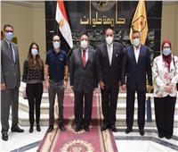 جامعة حلوان توقع بروتوكول تعاون لافتتاح مشغل لتعليم الحياكة بكفر العلو