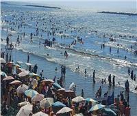 إنقاذ ٤٤ من الغرق وتسليم ٢٠٣طفل تائه بشواطئ رأس البر