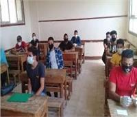 292 ألف طالب وطالبة يؤدون امتحانات الشعبة العلمية اليوم| فيديو