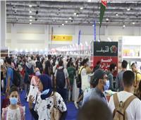 بعد تطبيق القرار الجديد.. 123 ألف زائر باليوم العاشر لمعرض الكتاب