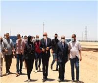 جولة ميدانية لمحافظ قنا لمتابعة أعمال الرصف بمركز الوقف