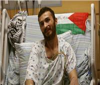 الأسير المحرر غضنفر أبو عطوان يوجه رسالة للشعب الفلسطيني وعباس