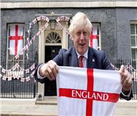 بوريس جونسون يدعم منتخب إنجلترا قبل نهائي اليورو ضد إيطاليا