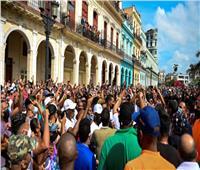 الآلاف يحتجون بشوارع كوبا.. والرئيس يدعو أنصاره لمواجهتهم
