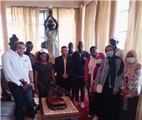«ادرس في مصر».. إدارة الوافدين بجامعة حلوان تنظم رحلة إلى ركن فاورق