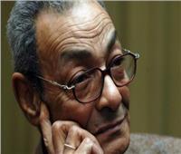 فلسطين تمنح الروائي المصري بهاء طاهر درع «غسان كنفاني»