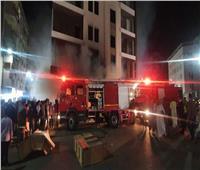 ماس كهربائي وراء حريق محل تجاري في «السلام»