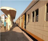 التحقيق مع سائق«لودر» تسبب في سقوط سور محطة قطار بالقليوبية على أم وطفلها