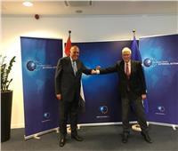 «شكري» يتبادل الرؤى مع الممثل الأعلى للشئون الخارجية والسياسة الأمنية الأوروبية