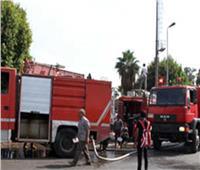 إخماد حريق في سيارة نقل محملة بالوقود بطريق الأوتوستراد دون إصابات