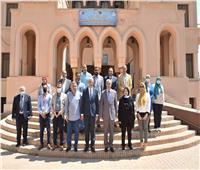 رئيس جامعة المنوفية يزور المركز الدولى لتنمية قدرات أعضاء هيئة التدريس