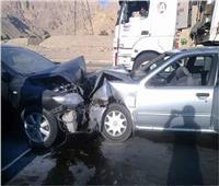 إصابة 4 أشخاص في تصادم سيارتين بطريق القصر بمطروح