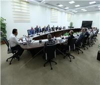 وزير التعليم العالي: خطة مع «الصحة» لتوفير لقاح كورونا لمنتسبي المعاهد