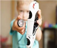 «ابني يكسر ألعابه».. صدمة يومية للآباء يفسرها علماء النفس
