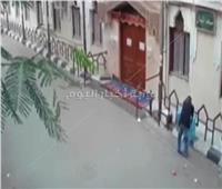 ضبط المتهم بسرقة صندوق زكاة مسجد بالمعصرة|فيديو