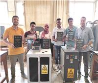 طلاب بهندسة المنصورة يسجلون براءة اختراع ألياف كربونية نانونية
