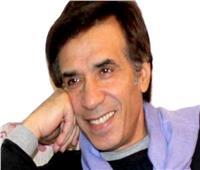 مفيد عاشور: «الفنان محمود ياسين كان بيدعي اللهم إني اعوذ بك من النجومية»