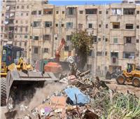 وزير النقل يتابع عملية إزالة التعديات بحرم السكة الحديد بمنطقة محرم بك بالإسكندرية