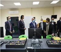 «عبد الغفار» يستعرض تقريرا حول أداء وأنشطة جامعة القاهرة الجديدة التكنولوجية