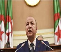 رئيس وزراء الجزائر يتعافى من كوفيد-19.. ويعود إلى عمله