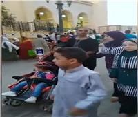 أهالي المنيا يؤدون صلاة عيد الأضحى وسط إجراءات احترازية| فيديو