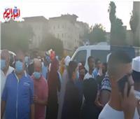 المئات يؤدون صلاة عيد الأضحى من مسجد الأزهر | فيديو