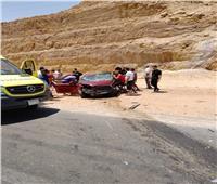 مصرع 2 وإصابة 8 في تصادم سيارتين بالعين السخنة