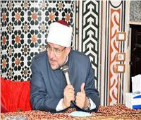 بالصور| نرصد كيف يقضي وزير الأوقاف أيام العيد