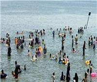إقبال كبير على شواطئ الإسماعيلية وفايد.. خلال إجازة العيد